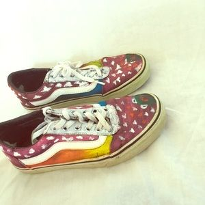 Painted shoes size 8 1/2 ! Used. Kermit the frog!!
